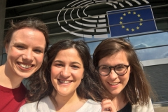Judith, Maria and Zosia (from left to right) enjoyed a sunny day outside the European Parliament in Brussels.