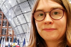 Our sixt Lénaïc Fund for Quality Journalism fellow Louise at one of her numerous summits.